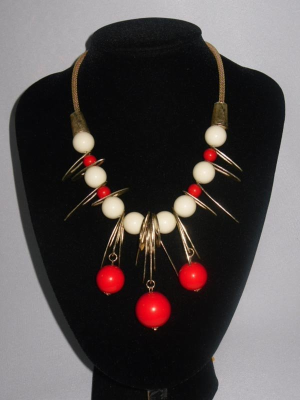 454CTW WHITE-RED GUMBALLS BRASS NECKLACE;18INCH