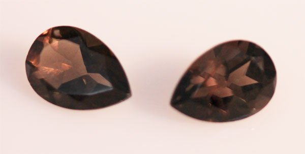 3.49 CTW SMOKEY TOPAZ PEAR SHAPED 7X10 (2)
