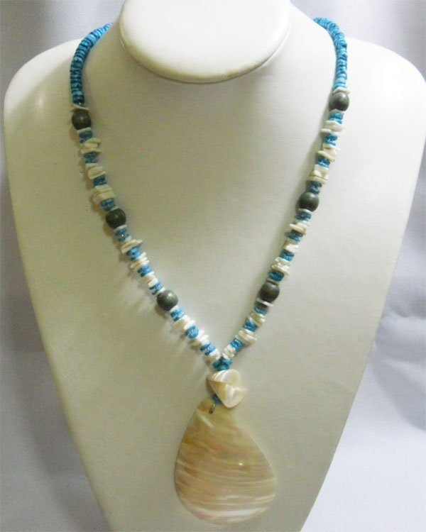 201CTW PHILIPPINE CAPIZ PENDANT BLUE AND WHITE SHELL NE