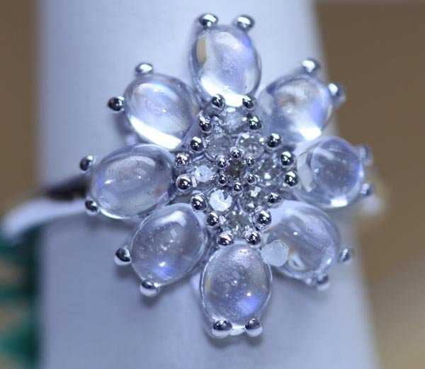 18.50 CTW MOONSTONE AND DIAMOND RING .925 STERLING SILV
