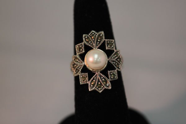 20.00 CTW ANTIQUE LOOKING PEARL RING .925 STERLING SILV