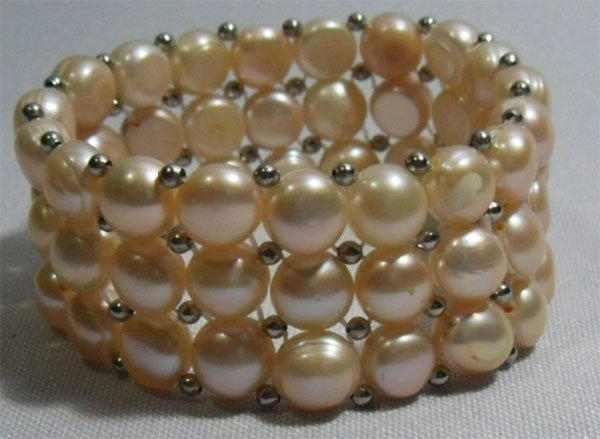 PHILIPPINE FRESHWATER PEACH PEARL 208CTW WRIST BEADED B