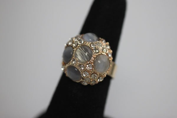 FASHION JEWELRY SYNTHETIC MOON STONE AND CZ BRASS RING