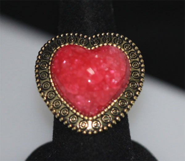 FASHION JEWELRY BRASS RING; HEART SHAPED; SYNTHETIC PIN