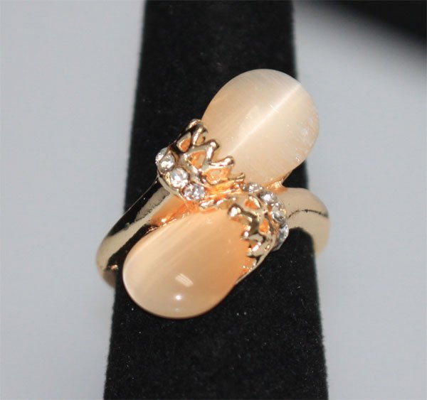 FASHION JEWELRY SYNTHETIC PEARL COLORED STONE AND CZ BR