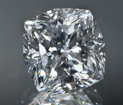 GIA CERT 1.0 CTW CUSHION DIAMOND D/VVS2