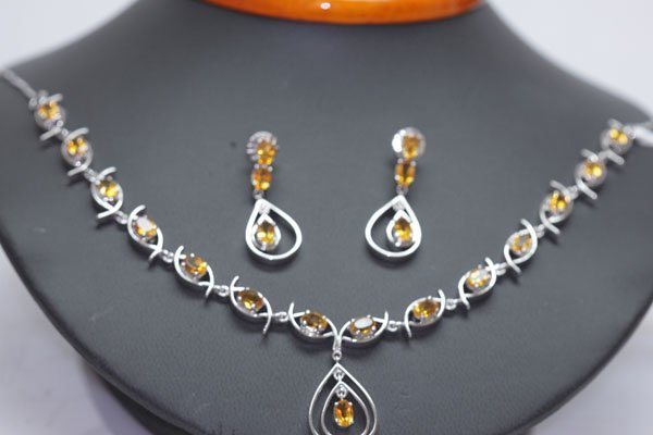 151.50 CTW CITRINE NECKLACE AND EARRING SET .925 STERLI