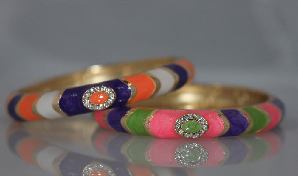 FANCY FASHION JEWELRY MULTICOLOR AND CZ BANGLE SET OF 2