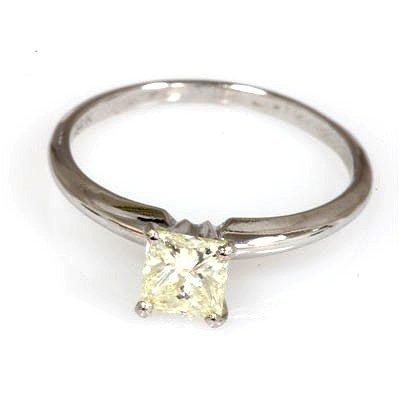 0.75 ct Princess cut Diamond V V S - C1 Solitaire Ring