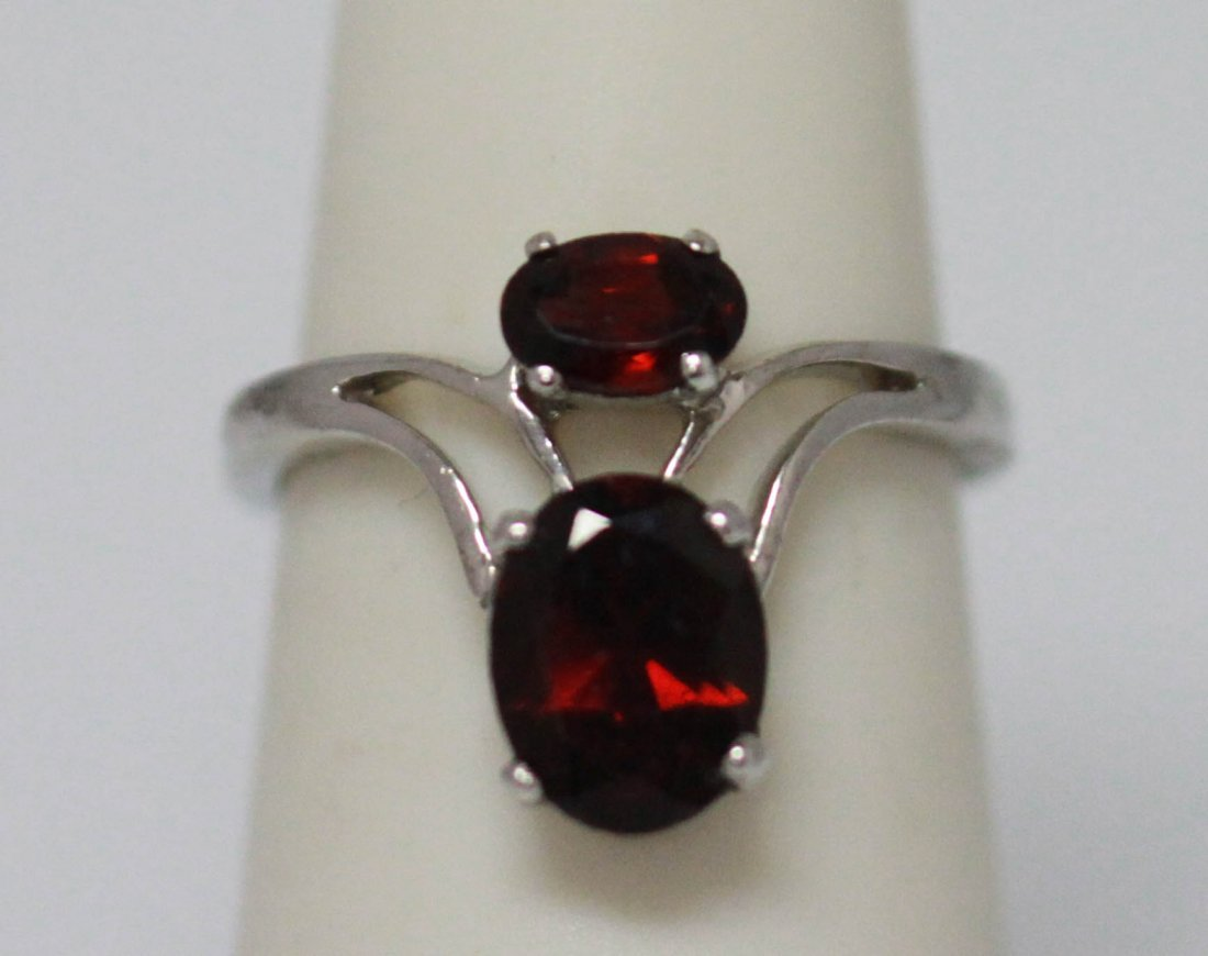 13.00 CTW GARNET OVAL RING .925 STERLING SILVER