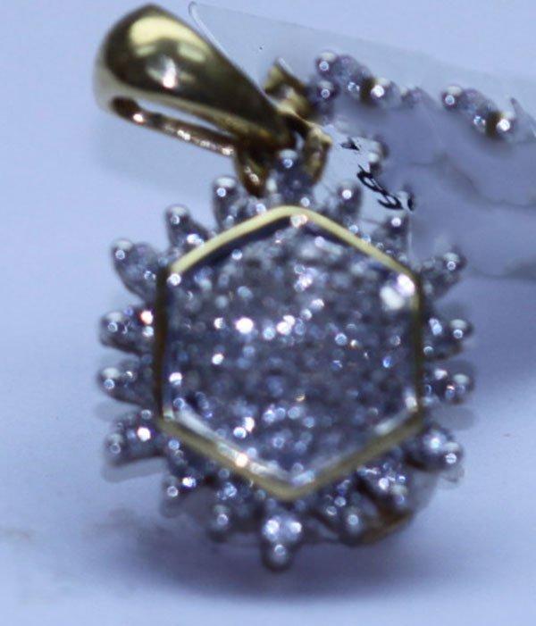 0.56 CTW DIAMOND PENDANT 18K YELLOW GOLD