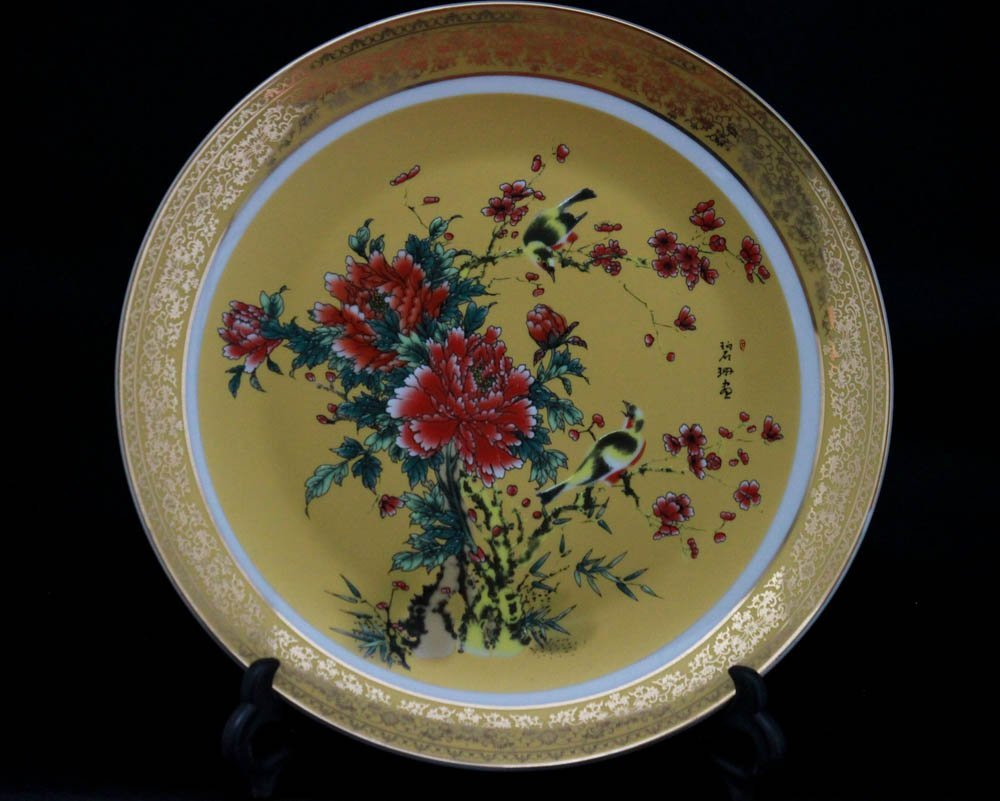 CHINSES FLOWER TREE WITH BIRD PORCELAIN PLATE W/STAND