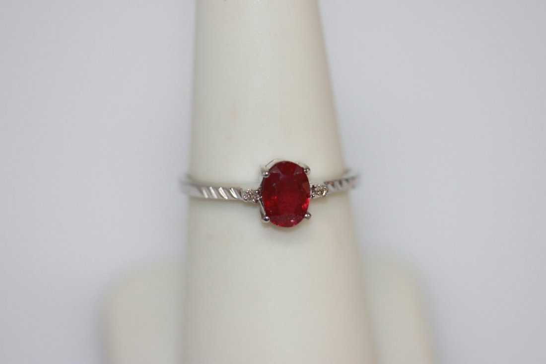 .75 CTW RUBY AND DIAMOND RING .925 STERLING SILVER - 3