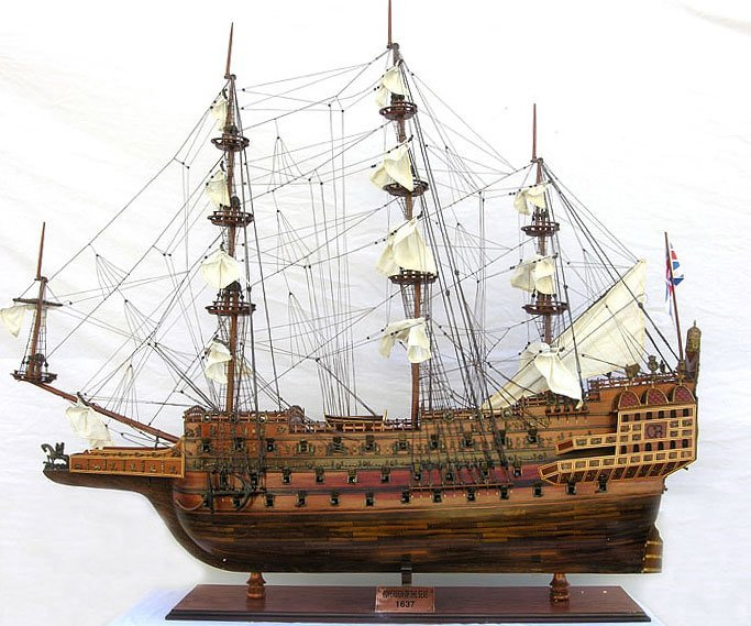 HAND MADE WOODEN Sovereign of the seas XL Limited Editi