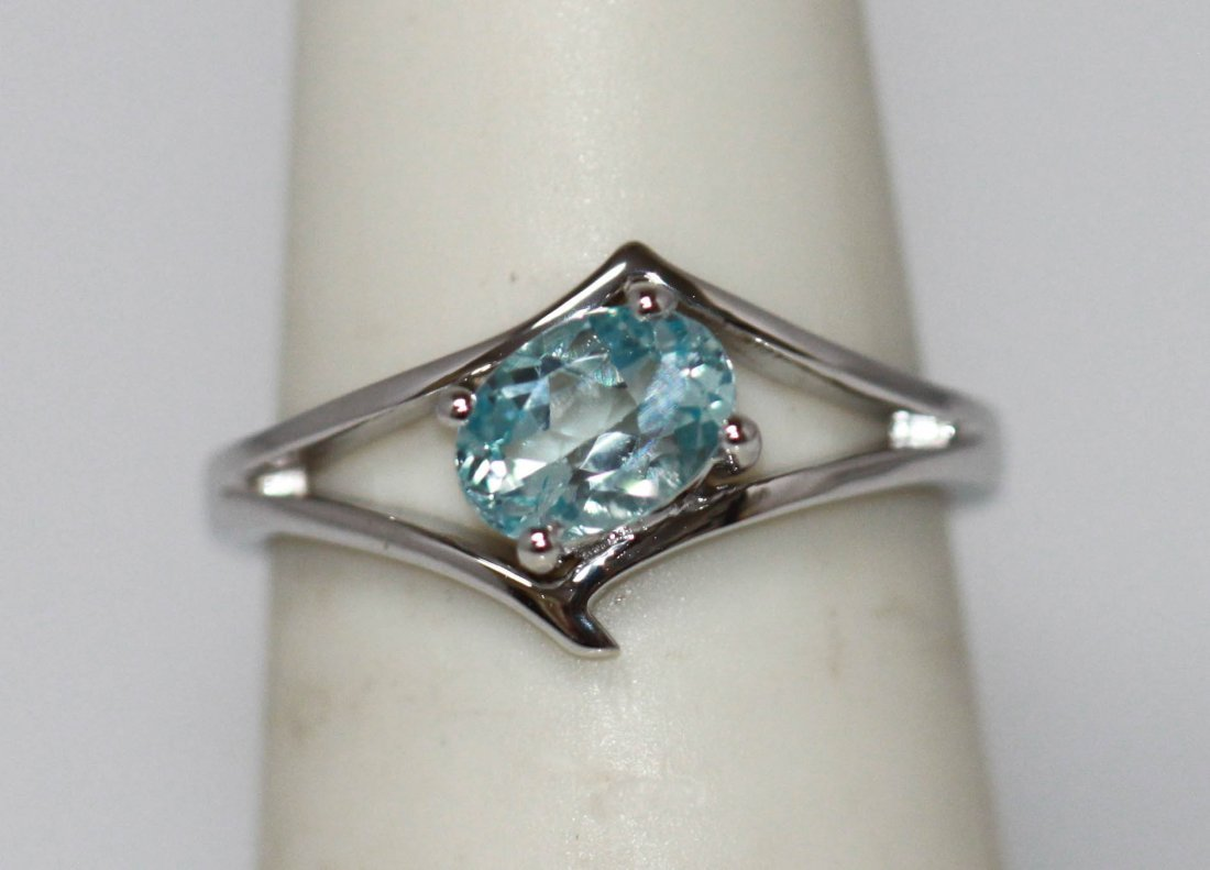0.69 CTW Blue Topaz  Ring .925 Sterling Silver