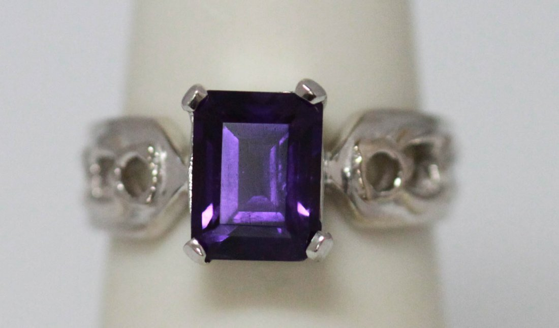 0.90 CTW Amethyst Ring .925 Sterling Silver