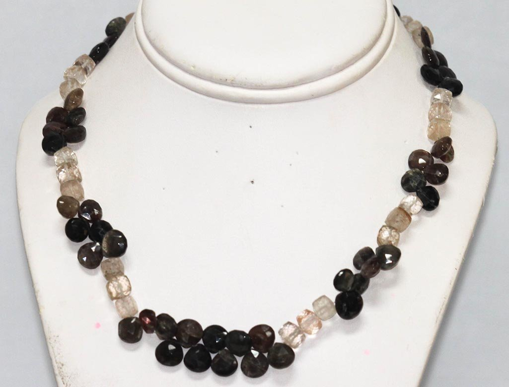 207.50 ctw Semiprecious Necklace