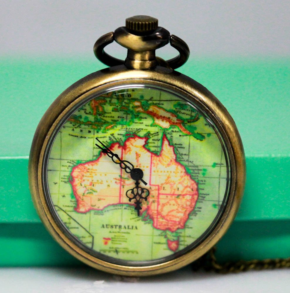 Antique Style Australia Map Quartz Movement Pocket Watc