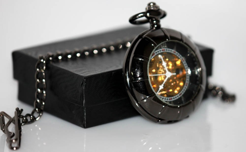 Collectors Edition Modern Style Black Polished Mechanic