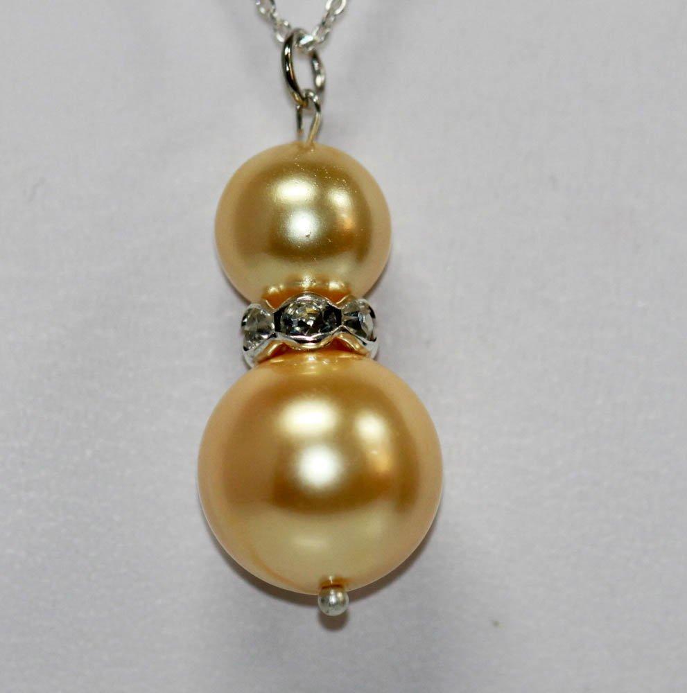 Stylish Round Birght Gold Pearl & CZ Pendant