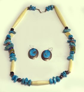 (on 2) NAVAJO TURQUOISE NECKLACE