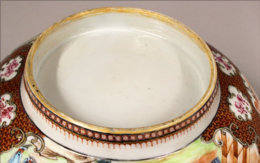 18TH C. CHINESE EXPORT PORCELAIN BOWL - 6