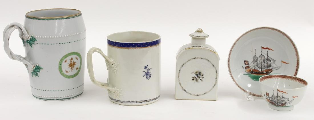 (on 4) CHINESE EXPORT PORCELAIN GROUP