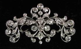 505 EDWARDIAN PLATINUM AND DIAMOND PENDANTBROOCH
