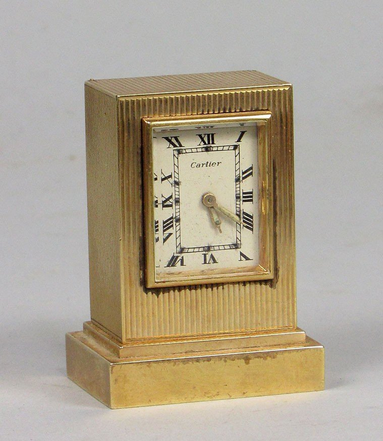 544: SMALL 14K GOLD CLOCK, CARTIER