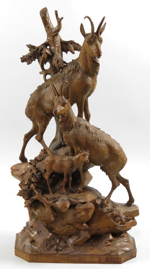 101: 19TH C. SWISS BLACK FOREST ANIMAL CARVING