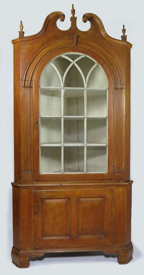 18TH C. PENNSYLVANIA GRAIN PAINTED CORNER CUPBOARD