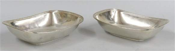 PAIR OF TIFFANY STERLING SILVER ENTREE DISHES