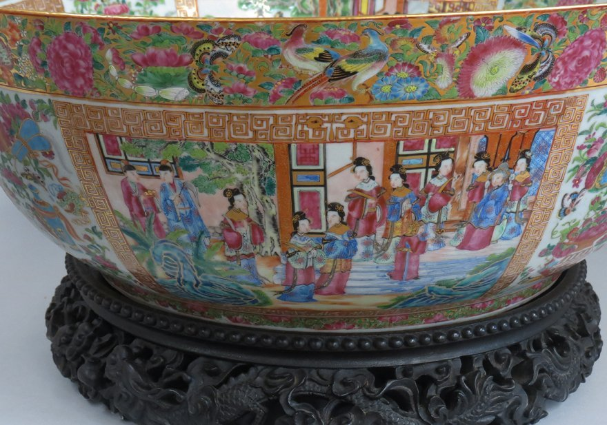 OVERSIZED CHINESE EXPORT PORCELAIN MANDARIN BOWL - 3