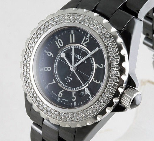 91257: Chanel Watch 1.20ct Diamond J12 H0949 w/COA
