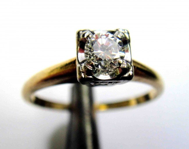 0.10ct. Diamond solitaire 14KT Yellow Gold Ladies Ring