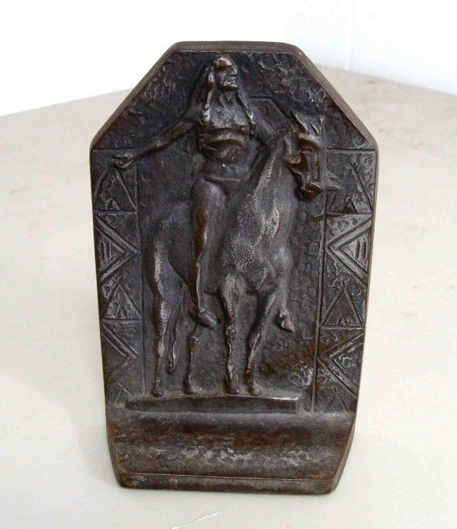 8A: Very Rare Early 1900s Indian Iron Bookend