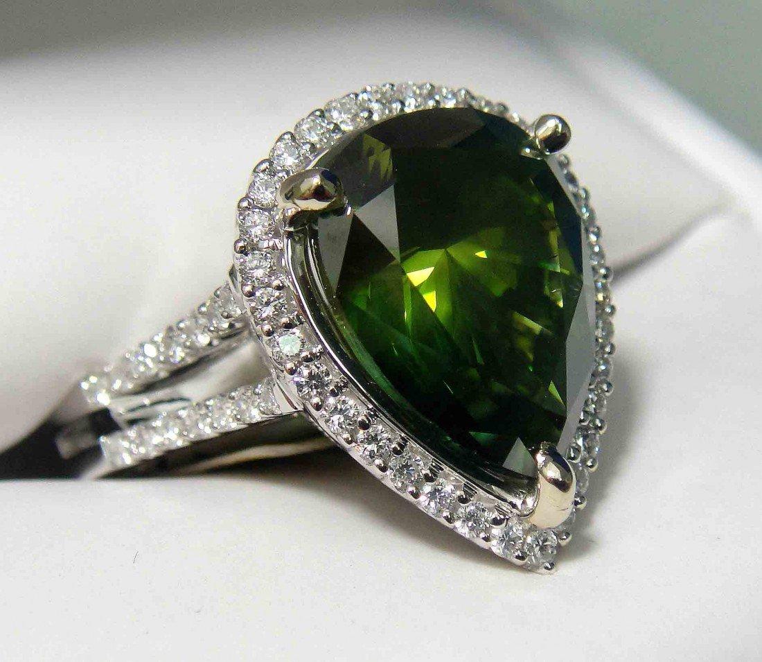 6.16ctw (5.54ct CNTR) Fancy Green Diamond 18KT Ring
