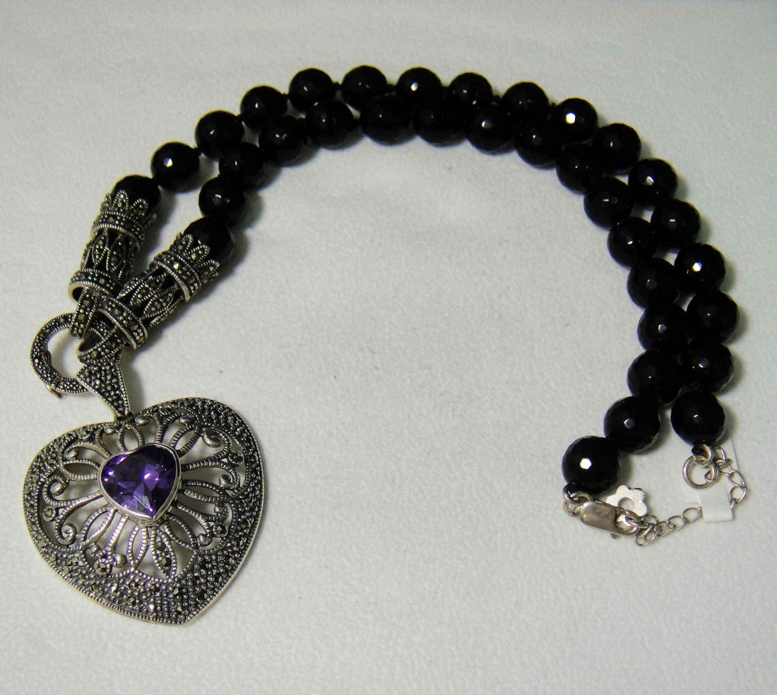 5A: Natural Amethyst Sterling Silver Onyx necklace