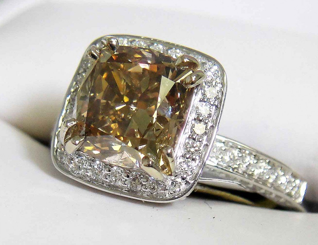 2.92ctw Diamonds, 2.31ct CNT Fancy Brown 18KT Gold Ring