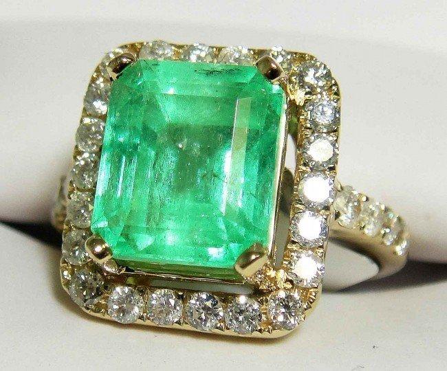 31B: 4.52ct Emerald & 0.90ct Diamonds 14KT Gold Ring