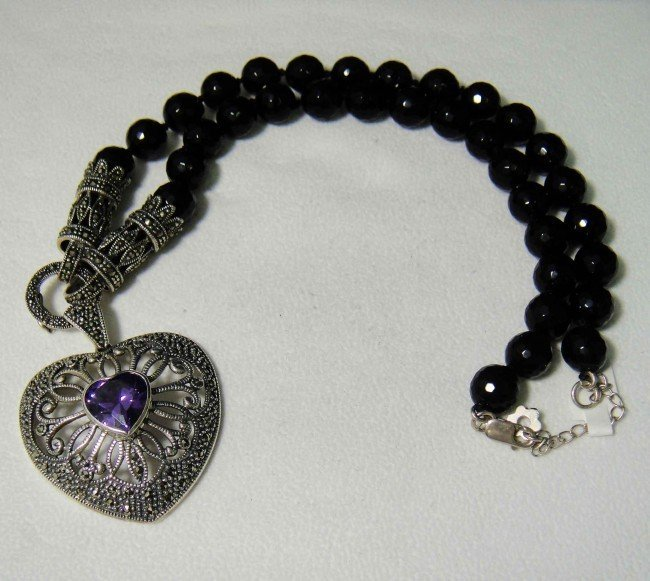 1C: Natural Amethyst Sterling Silver Onyx necklace