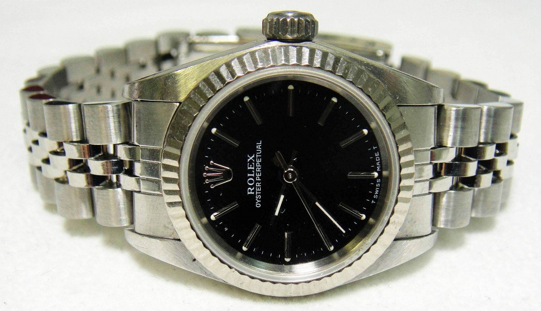 1E: ROLEX Ladies Stainless Steel Oyster Perpetual Watch