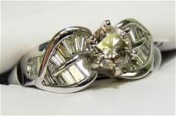 2.50ctw (0.70ct CNTR) Diamond 18KT White Gold Ring