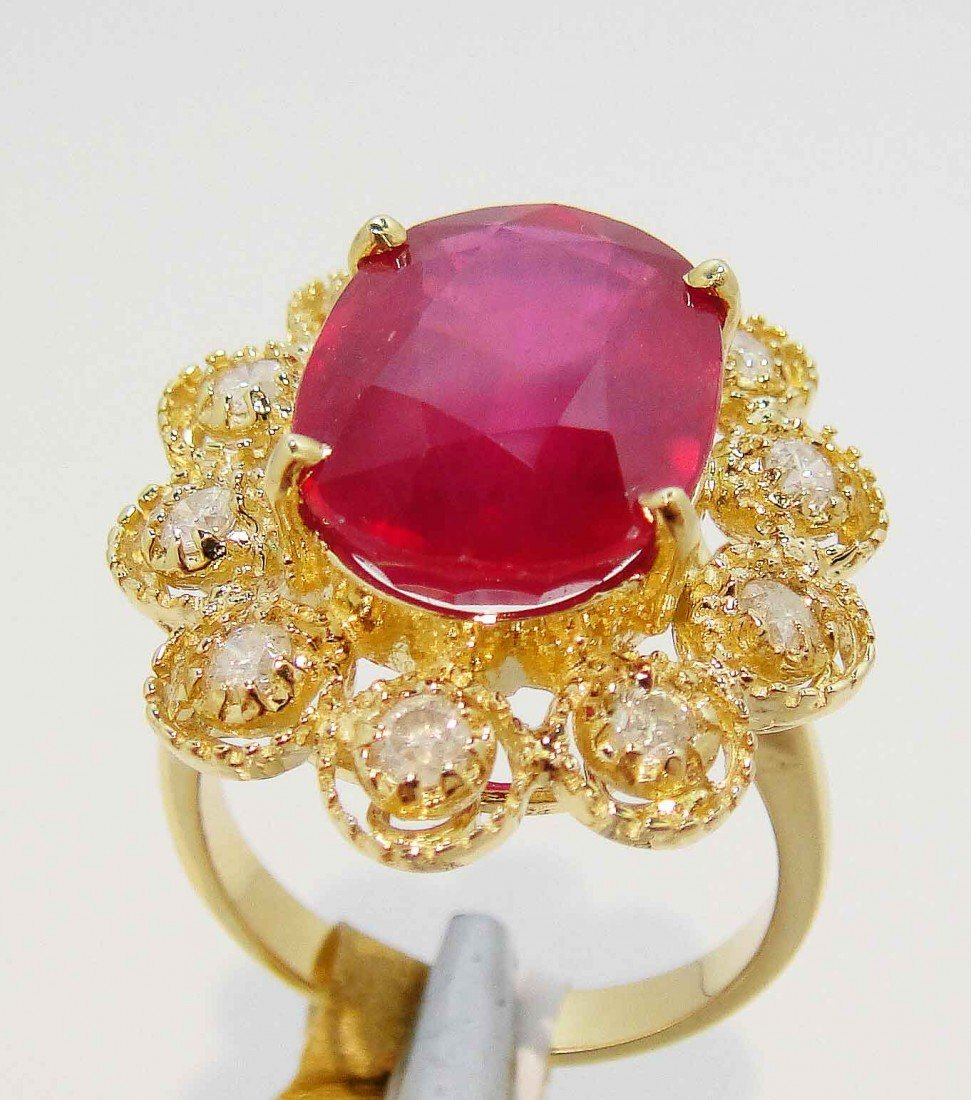 9.88ct Ruby & 0.58ctw Diamond 14KT Gold Ring