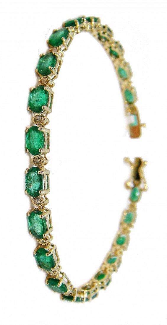 15P: 9.53ct Emerald & 0.44ct Diamond 14KT Gold Bracelet