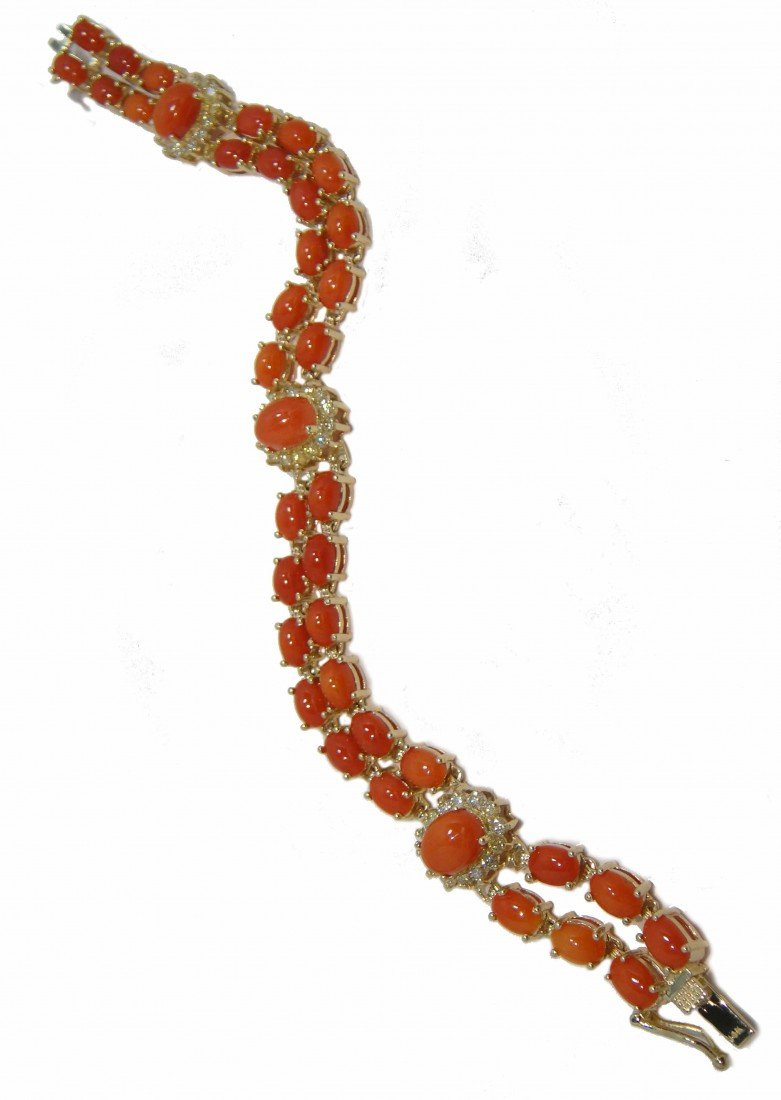17P: 16.82ct Red-Coral & 1.11ct Diamond 14KT Gold Brace