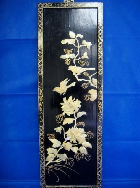 7: ANTIQUE 1940'S CHINESE MOTHER OF PEARL FRAMED BIR