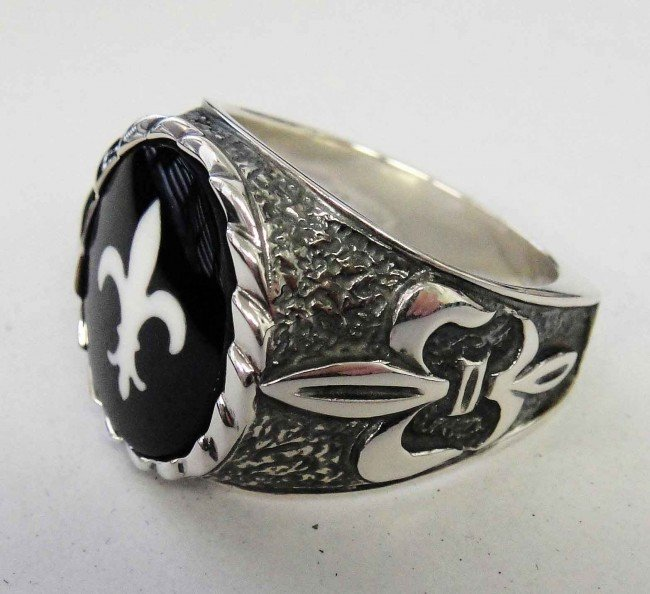1B: Polished Sterling Silver Coat of Arms Symbol Ring