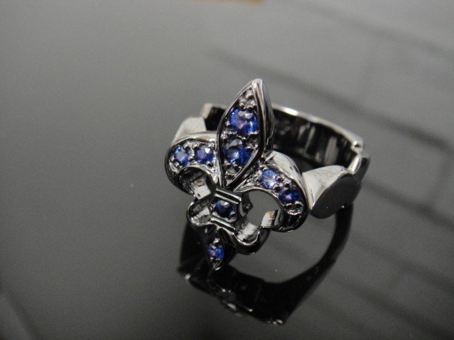 6A: Black PVD Covered Sterling Silver & Sapphire Ring