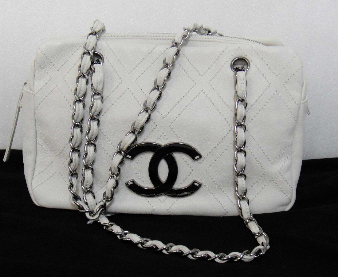 1B: Genuine CHANEL Quilted Caviar leather Handbag w/ Se